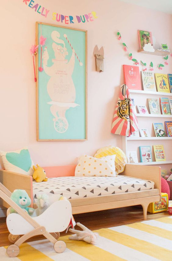 Chambre fille couleur pastel for Idee couleur chambre fille