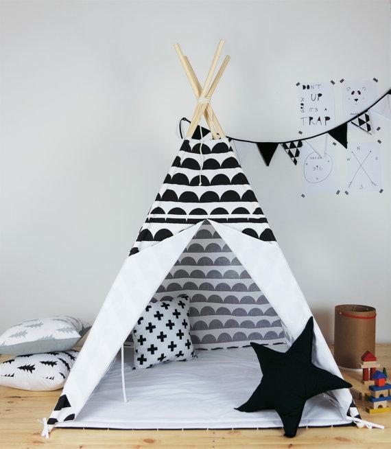 une s lection de tipis pour les enfants club mamans. Black Bedroom Furniture Sets. Home Design Ideas