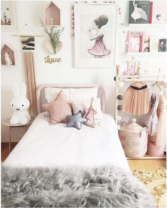 shop the room d coration chambre fille inspiration la vie en rose club mamans. Black Bedroom Furniture Sets. Home Design Ideas