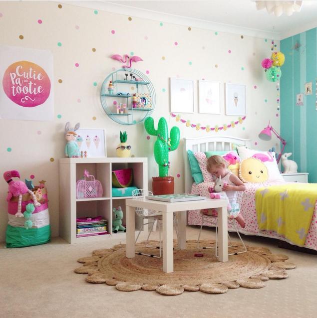 chambre fille coloré