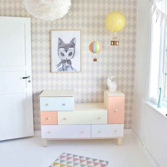 commode pastel