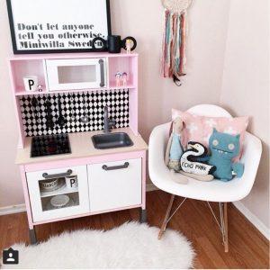 les meilleurs relooking de la cuisine enfant d 39 ikea club. Black Bedroom Furniture Sets. Home Design Ideas