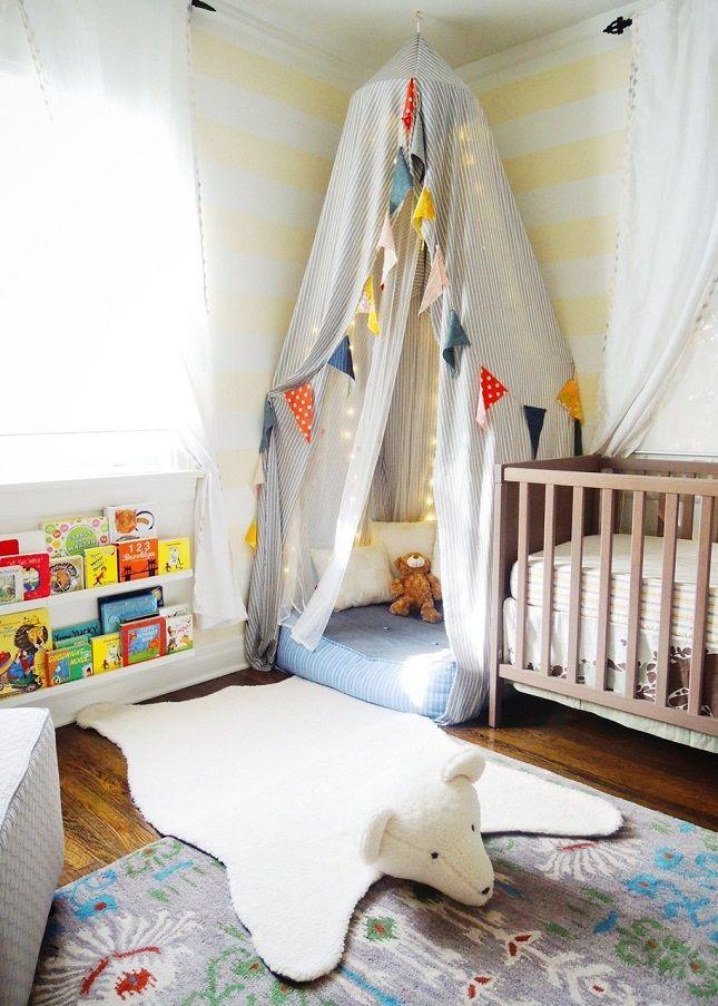 chambre bébé colorée