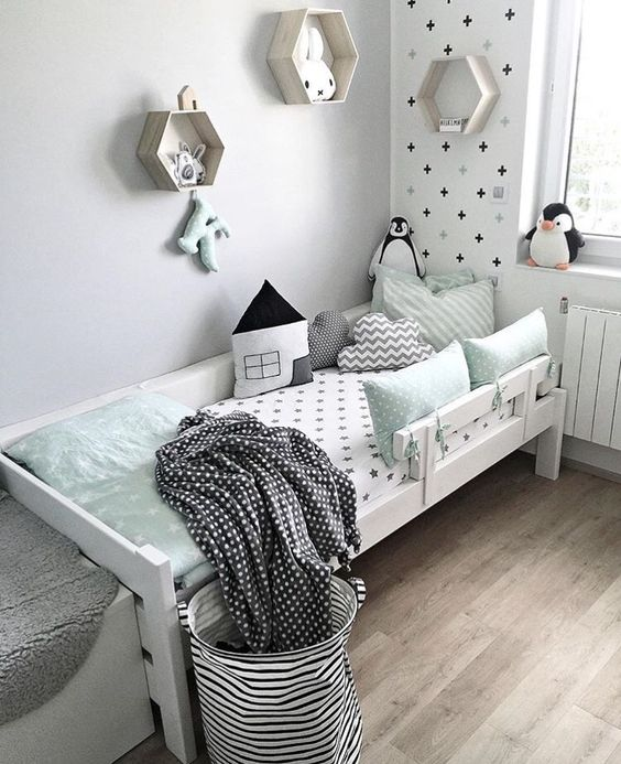 décoration chambre enfant vert menthe