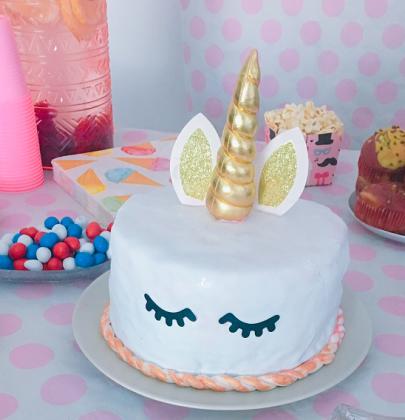 Gâteau licorne pour anniversaire féérique.. (ou pas !)