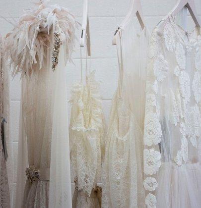 Robe cérémonie femme : une sélection de 10 modèles !