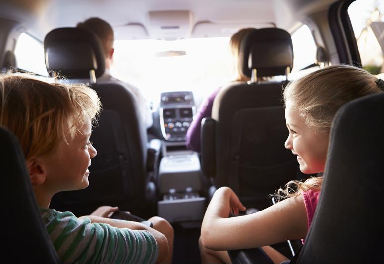 voiture avec enfant