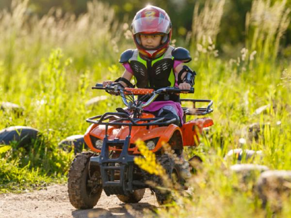 Idée cadeau pour les 5 ans et plus : le quad pour enfant !